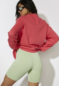 Skinnydip - Sweater - coral - 2