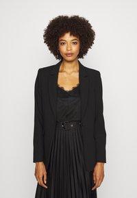 Expresso - Short coat - schwarz - 0