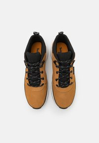 Timberland - FIELD TREKKER - Sneakers hoog - wheat - 3