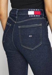 Tommy Jeans - MELANY UHR ANKLE - Jeans Skinny Fit - fjord - 4