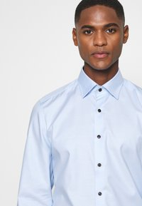 OLYMP Level Five - BODY FIT - Formal shirt - ozon - 5