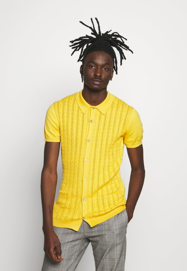 CABLE BUTTON THROUGH - Shirt - light yellow