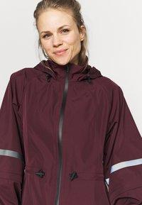 Sweaty Betty - MISSION JACKET - Waterproof jacket - plum red - 3