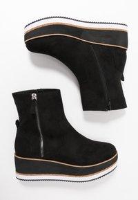Bullboxer - Platform ankle boots - black - 1