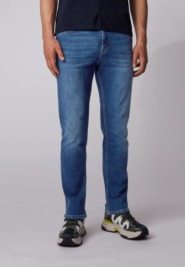 ALBANY BC-L-P - Relaxed fit jeans - dark blue