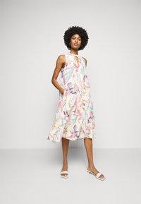 Marc Cain - Day dress - cosmea - 0