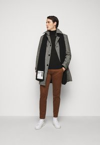 DRYKORN - SKOPJE - Klasický kabát - grey - 1