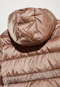 Massimo Dutti - MIT KAPUZE  - Down jacket - brown - 6