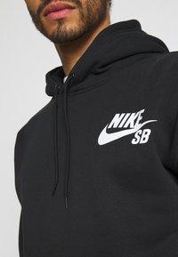 Nike SB - ICON HOODIE UNISEX - Luvtröja - black/white - 4