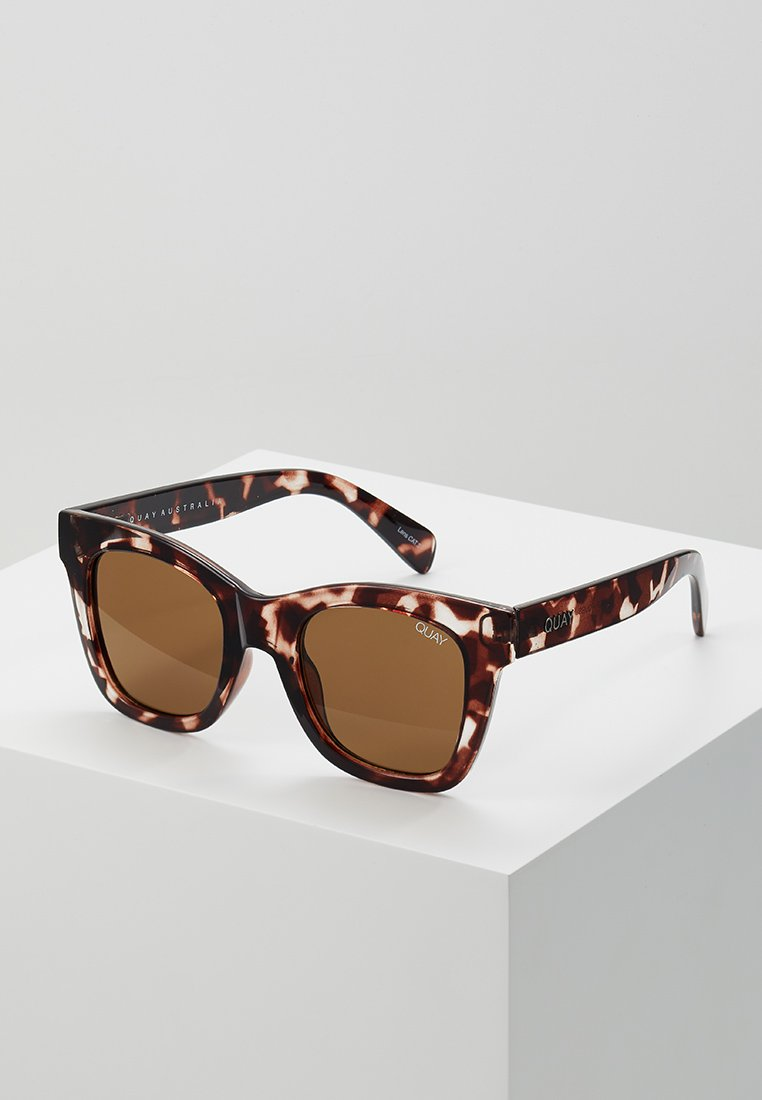 QUAY AUSTRALIA - AFTER HOURS - Sonnenbrille - tort/brown