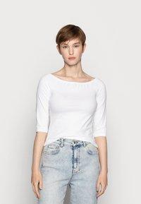 Even&Odd - 2 PACK - Langærmede T-shirts - white/black - 3