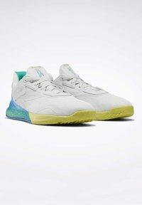 Reebok - NANO X SHOES - Sneaker low - grey - 3