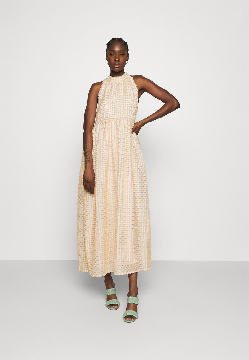 Selected Femme - SLFDOSKY MAXI DRESS  - Cocktail dress / Party dress - white