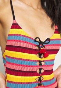 Seafolly - BAJA STRIPE V NECK MAILLOT - Swimsuit - saffron - 4