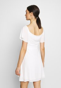 Nly by Nelly - LUSCIOUS DRESS - Cocktailklänning - white - 2