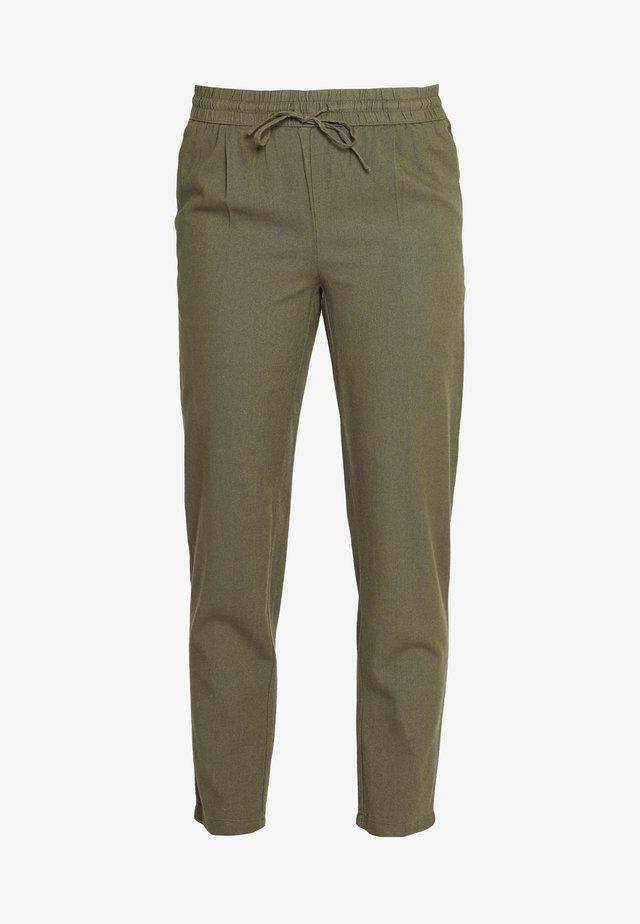 VMHELENMILO ANCLE PANT - Trousers - kalamata