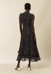 IVY & OAK - Maxi dress - aop- black - 2