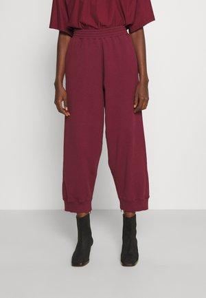 PANTALONE - Teplákové kalhoty - burgundy