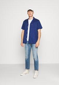Levi's® - CLASSIC CAMPER UNISEX - Shirt - raindrop blue - 1