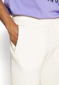 Nike Sportswear - PANT  - Träningsbyxor - coconut milk - 4