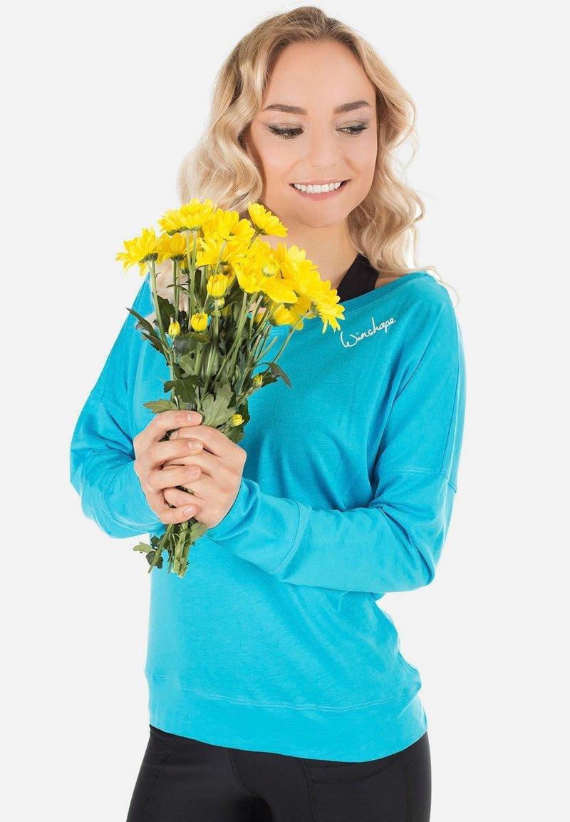 Winshape - MCS002 ULTRA LIGHT - Sweatshirt - sky blue