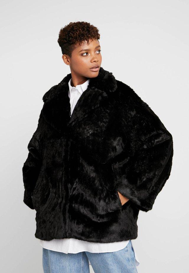 TABITHA FAUX - Winter jacket - black