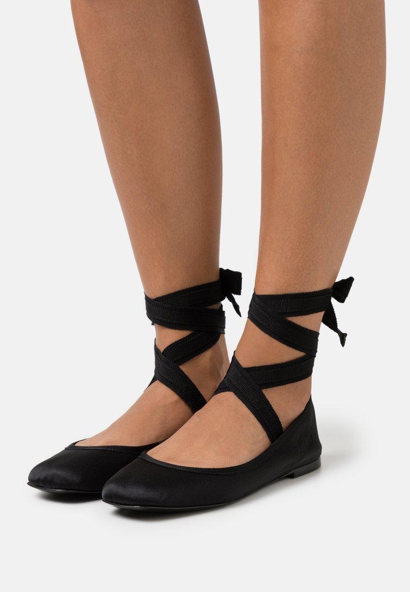TWINSET - RASO GROS GRAIN - Ankle strap ballet pumps - nero