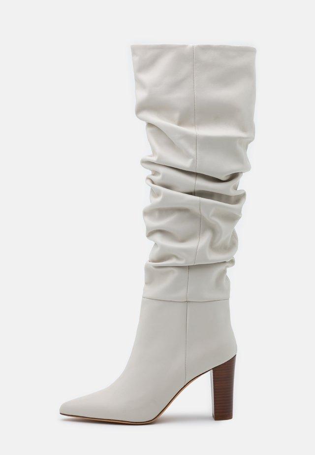 ISLAY - Boots med høye hæler - offwhite