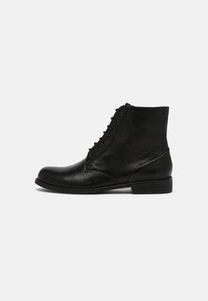 AZALEA - Lace-up ankle boots - ginger black
