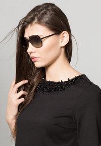 Michael Kors - Okulary przeciwsłoneczne - anthracite - 0