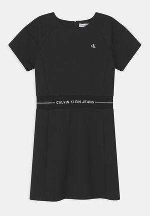 INTARSIA LOGO WAIST DRESS - Jersey dress - black