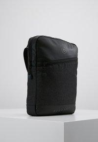 Bugatti - SMALL CROSSBODY BAG - Taška spříčným popruhem - black/grey - 3