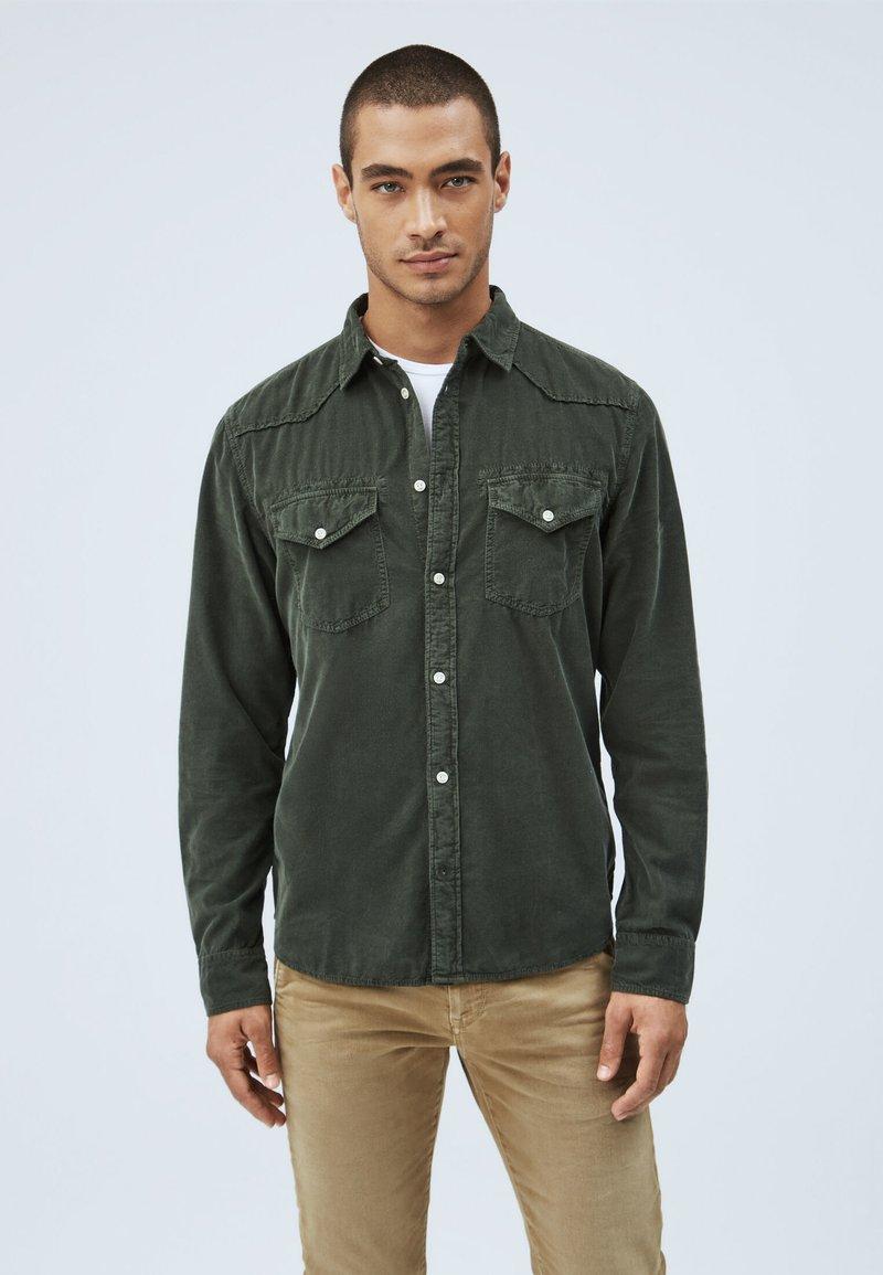 Pepe Jeans - CANYON CORD - Shirt - waldgrün