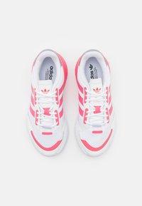 adidas Originals - ZX 1K BOOST UNISEX - Zapatillas - footwear white/hazy rose/halo silver - 3