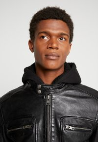 Oakwood - DRINK - Leather jacket - black - 5