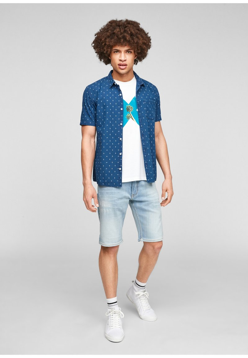 QS by s.Oliver - EXTRA SLIM - Shirt - blue aop