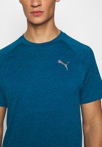 Puma - HEATHER TEE - T-shirt basic - digi-blue heather - 5