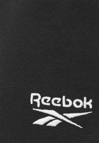 Reebok - FRENCH TERRY SHORT - Pantalón corto de deporte - black - 5