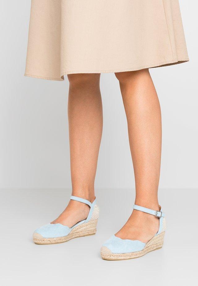 ELVIRA - Platform sandals - celeste