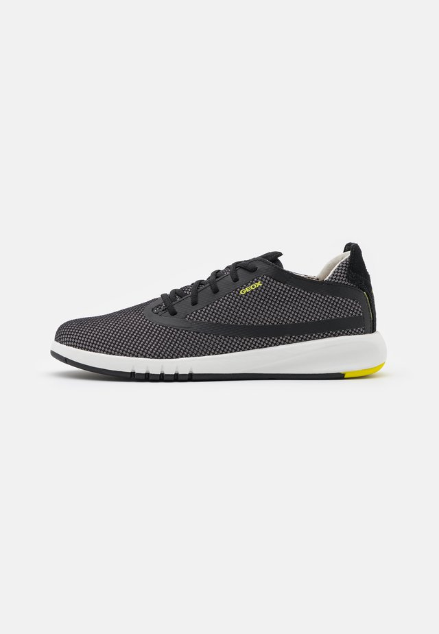 AERANTIS - Joggesko - grey/black