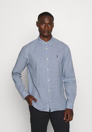 WOODROW  - Skjorter - blue/white