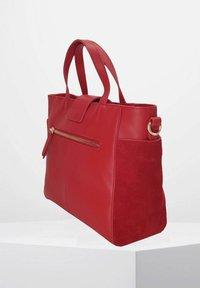 kate lee - MYA VEV - Handbag - rouge - 2