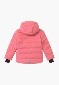 Reima - WAKEN UNISEX - Snowboard jacket - bubblegum pink - 1