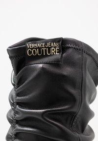 Versace Jeans Couture - Botas de tacón - nero - 2