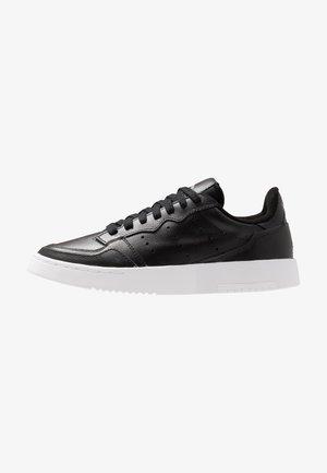 SUPERCOURT - Zapatillas - core black/footwear white