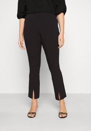 VMVICTORIA SLIT PANT CURVE - Trousers - black