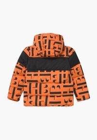 BOSS Kidswear - PUFFER - Zimní bunda - orange - 1
