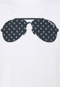 Michael Kors - AVIATOR TEE - T-shirt con stampa - white - 2