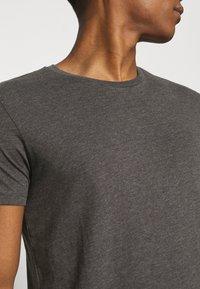 Burton Menswear London - 7 PACK - T-shirt - bas - black - 6