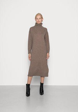 KATHIA - Jumper dress - mink melange